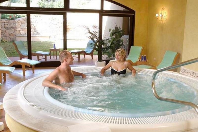 wellness hotel san teodoro - due lune golf resort.jpg