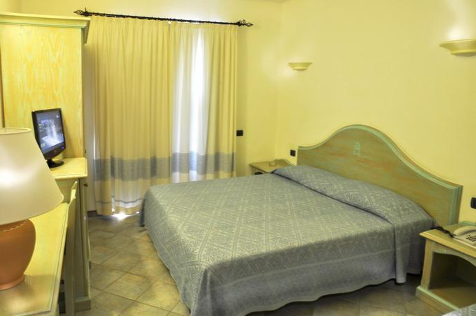 hotel su giganti in villasimius - sardinie (2).jpg