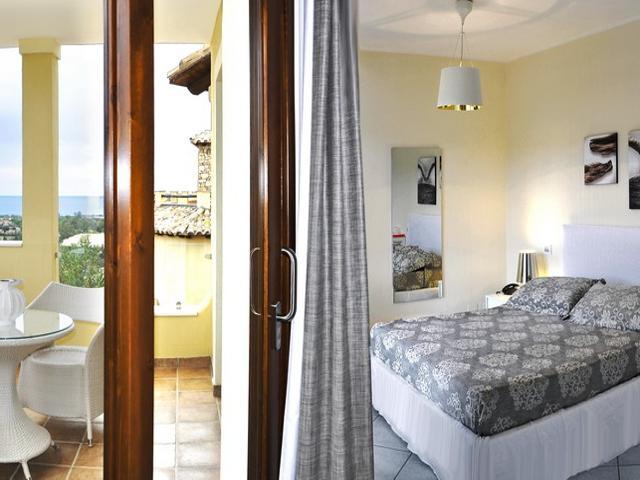 deluxe zeezicht kamer nr. 22 - hotel domus simius in villasimius.jpg