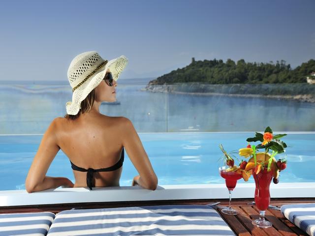 het 4-sterren hotel la bitta ligt direkt aan het strand.jpg