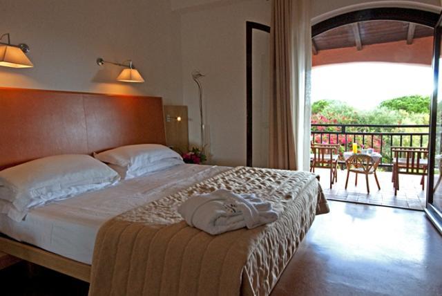 hotel porto cervo - hotel le ginestre - sardinie (2).jpg