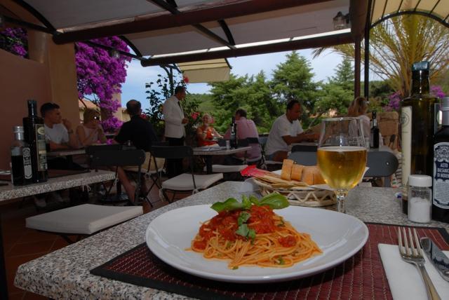 hotel vakantie sardinie - hotel le ginestre - porto cervo.jpg