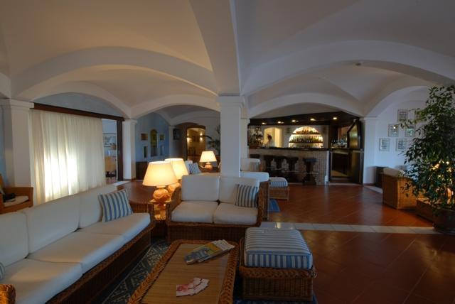 vakantie hotel sardinie - hotel le ginestre - porto cervo.jpg