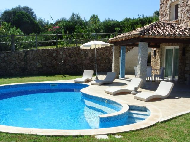 vakantiehuis sardinie - villa met zwembad in costa rei (6).jpg