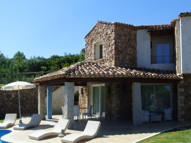 vakantiehuis sardinie - villa met zwembad in costa rei (7).jpg
