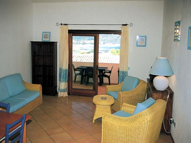 appartement sardinie aan zee - residence punta marana - vakantie sardinie (2).jpg