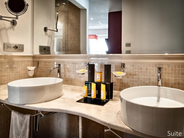 suite - badkamer - ma en ma resort - maddalena (1).jpg