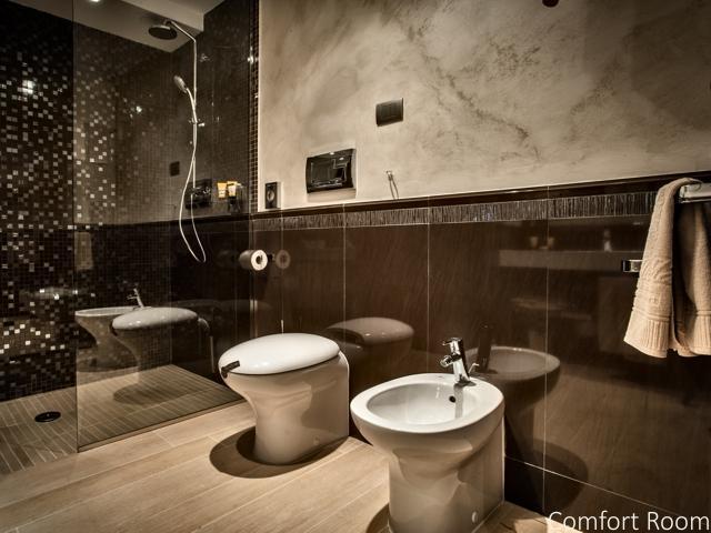 comfort room - la maddalena - sardinie (2).jpg