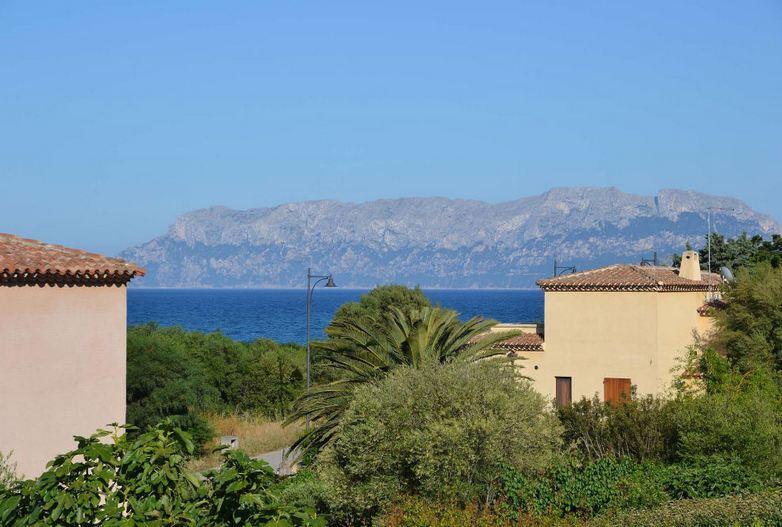 vakantiehuis sardinie aan zee en met zwembad- sardinia4all (15).jpg