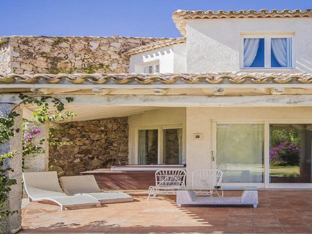 luxe-vakantie-sardinie-costa-rei-sardinia4all (1).png