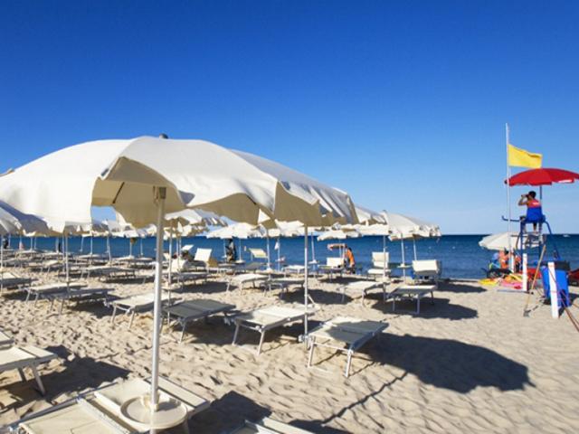 hotel-sardinie-aan-zee-villas-resort-costa-rei.png