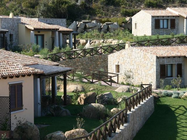 kleinschalig appartementencomplex sardinie - punta falcone sardinia4all (4).jpg