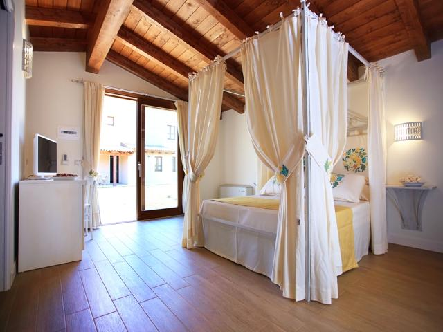 kleinschalig overnachten in alghero - inghirios resort (4).jpg