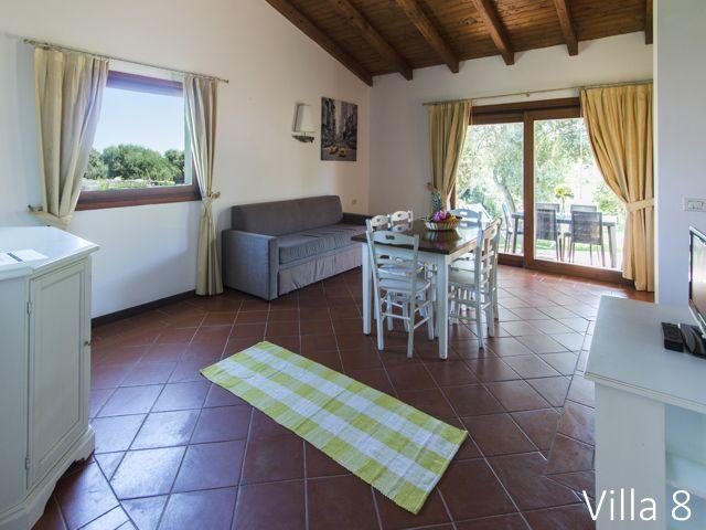 sea villas - soggiorno villa 8 esc..jpg
