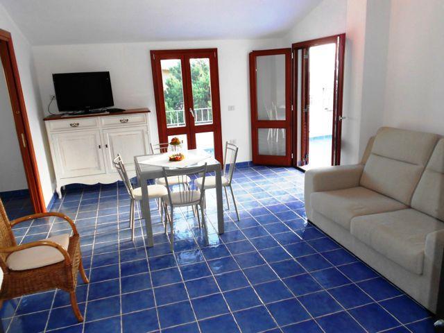 sardinie-vakantie-appartement-cala-gonone (3).jpg