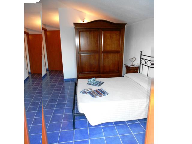 sardinie-vakantie-appartement-cala-gonone (7).png