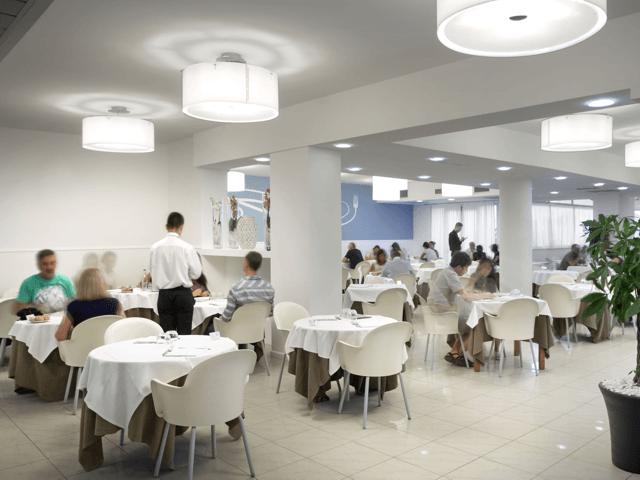 noordoost_sardinie_modern_hotel_in_san_teodoro (3).png