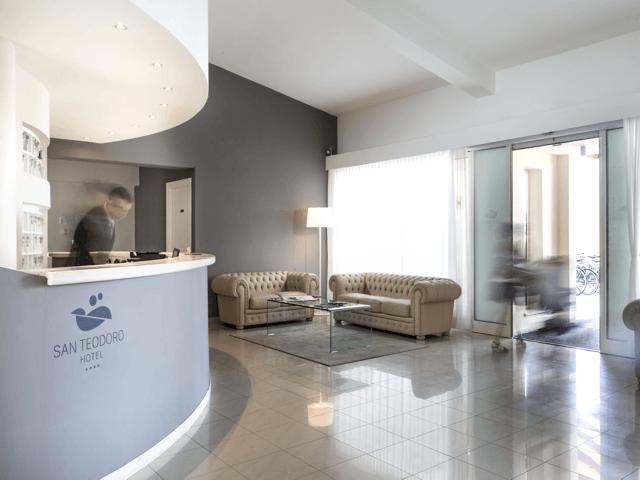 noordoost_sardinie_modern_hotel_in_san_teodoro (2).png