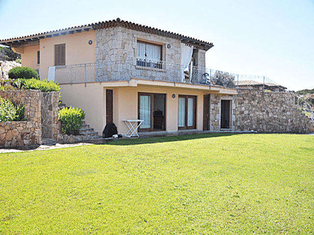 luxe villa's in noord oost sardinie - sardinia4all (4).png