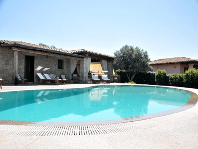 luxe villa's in noord oost sardinie - sardinia4all (5).png