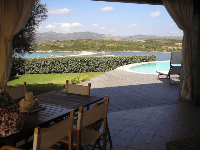 luxe villa's in noord oost sardinie - sardinia4all (1).png