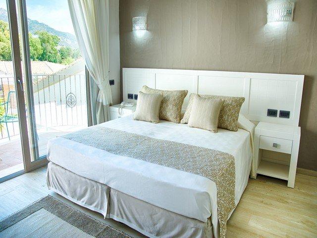 eliantos hotel - deluxe kamer - sardinia4all (1).jpg