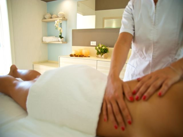 wellness-in-hotel-eliantos-sardinie (4).jpg