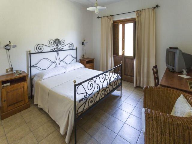 kamer-country-hotel-su-baione-sardinie.jpg