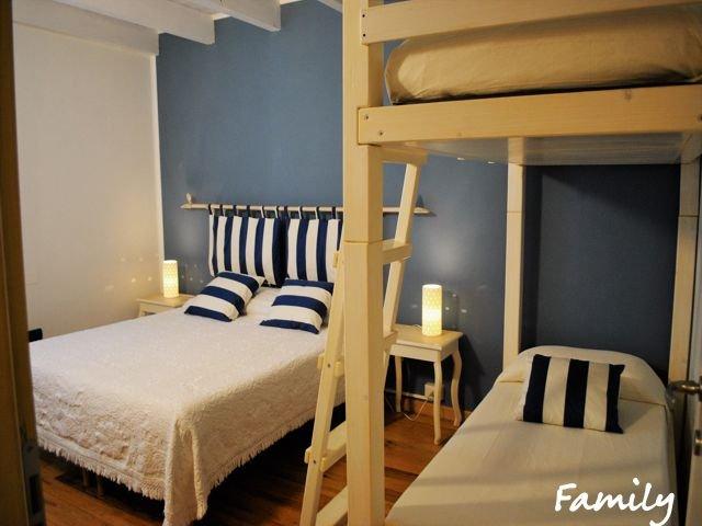 family room stanza da letto.jpg