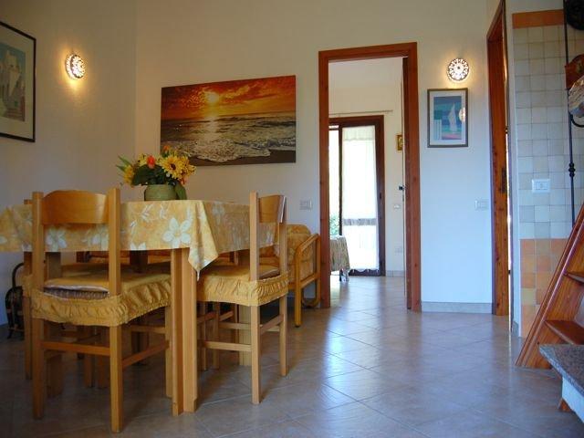 sardinie-vakantiehuisje-voor-vier-tot-zes-personen (3).jpg