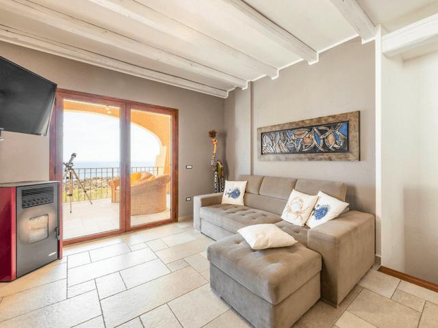 vakantie-appartement-sardinie-cala-gonone (11).png