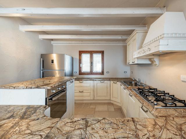 vakantie-appartement-sardinie-cala-gonone (7).png
