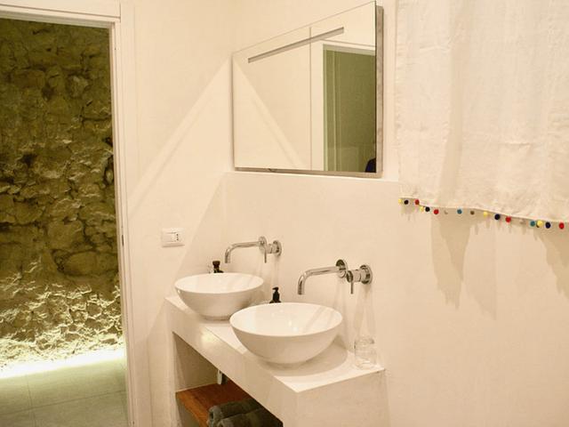 vakantie appartement cagliari - la maison boheme - sardinia4all (5).png