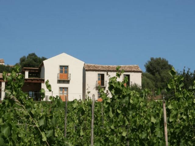abba e murta - country hotel sardinie - sardinia4all (3).png