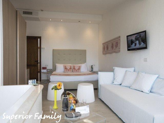 hotel cormoran superior family 1.jpg