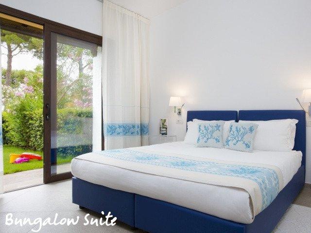 hotel cormoran bungalow suite 3.jpg