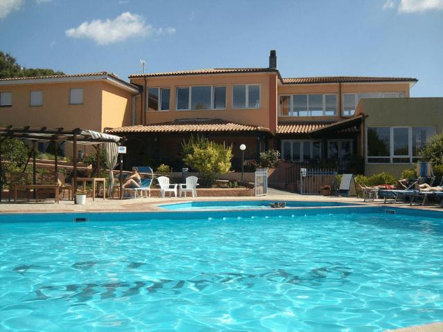hotel pausania inn - hotels sardinie (14).png