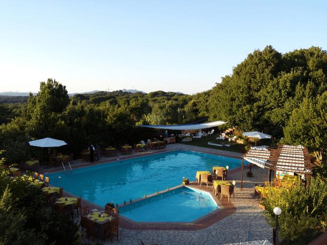 hotel pausania inn - hotels sardinie (2).png
