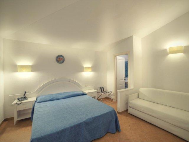 garden-beach-hotel-cala-sinzias-sardinie (3).jpg