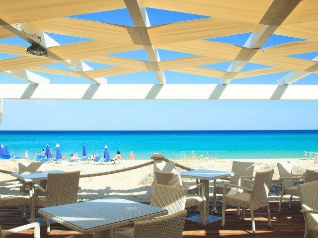 garden-beach-hotel-cala-sinzias-sardinie (11).jpg