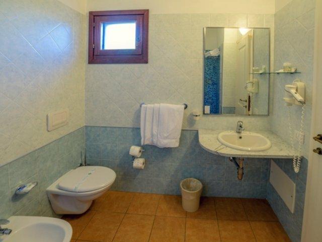 garden-beach-hotel-cala-sinzias-sardinie (2).jpg