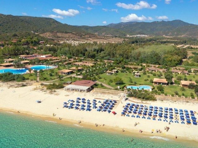 garden-beach-hotel-cala-sinzias-sardinie (14).jpg