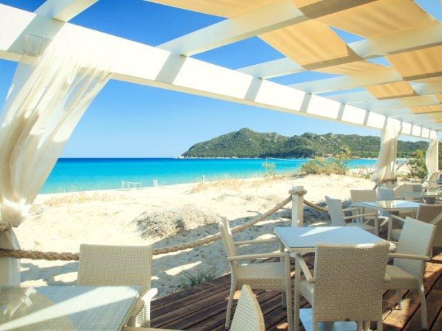 garden-beach-hotel-cala-sinzias-sardinie (10).jpg