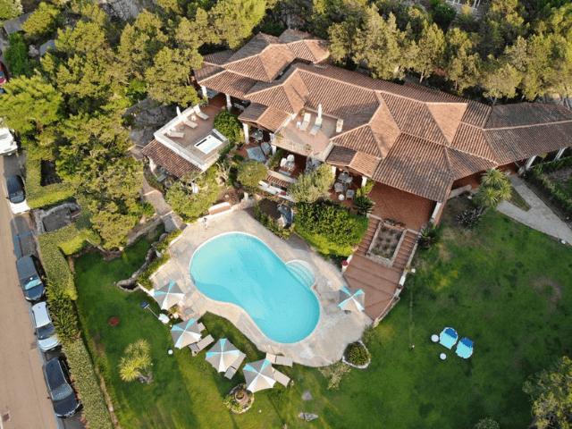 bijzonder vakantieadres op sardinie - geco di giada art suites (6).png