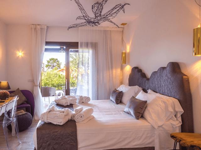 bijzonder vakantieadres op sardinie - geco di giada art suites (5).png