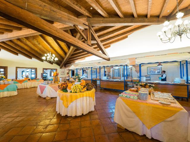 all inclusive hotel sardinie - baia dei pini - sardinia4all (5).png