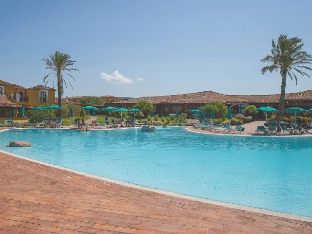 all inclusive hotel sardinie - baia dei pini - sardinia4all (7).png