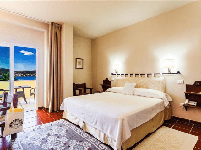 hotel villa margherita - golfo aranci -sardinie (16).png