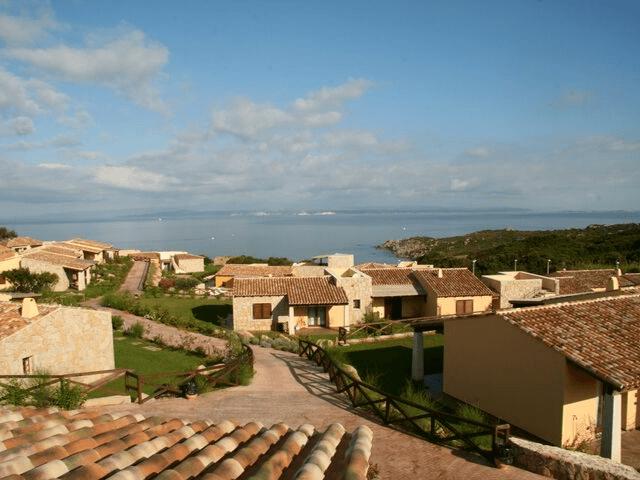 punta falcone appartamenti con piscina in santa teresa di gallura sardegna