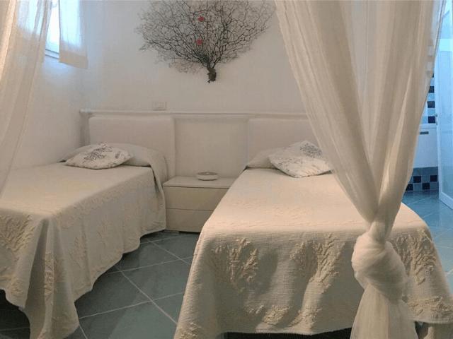 groot vakantiehuis op sardinie - villa castelsardo (4).png